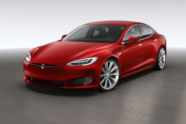 Tesla 需賠償 Model S 車主 20 萬元?  原因讓人超傻眼...