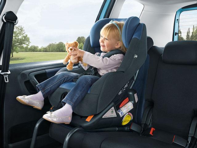 安裝 ISOFIX 汽車兒童安全座椅,原來這麼簡單! - 自由電子報汽車頻道