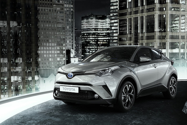 Toyota C-HR 日本準備上市,1.8 升油電版省油程度超驚人!