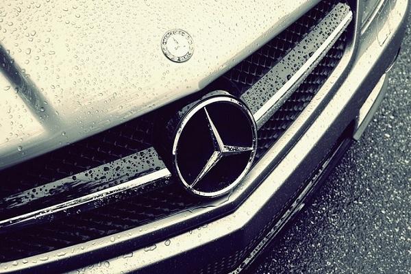 雙 B 銷售 M-Benz 暫領先 BMW,這兩款車是勝出關鍵!