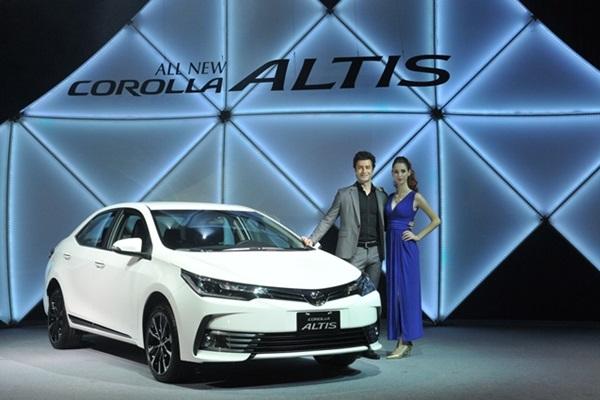 神車霸主配備六氣囊!Toyota Altis 小改款台灣上市(內有相片集)