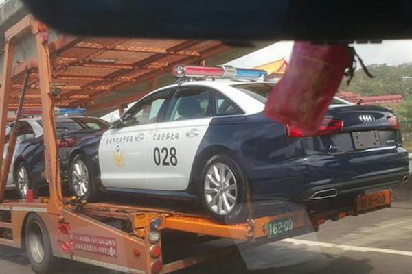 不只小英座車有來頭,維安交管用車也很搶眼!