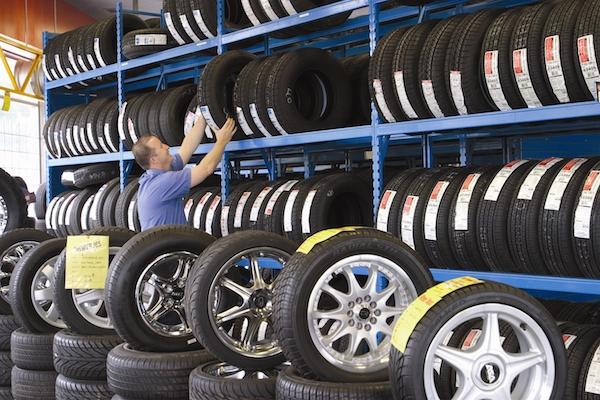 汽車輪胎製造日期超過 6 年,明年禁止銷售!