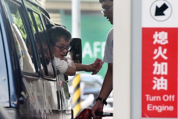 車主還是快加滿油吧!下週汽柴油恐調漲 0.7 元!