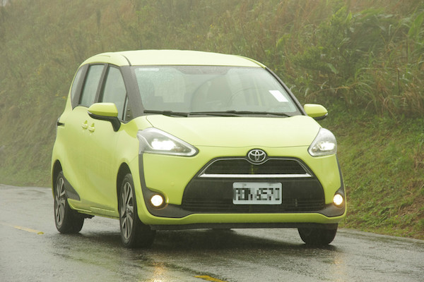 真的比 Wish 更好嗎?Toyota  Sienta 1.8 升七人座尊爵試駕