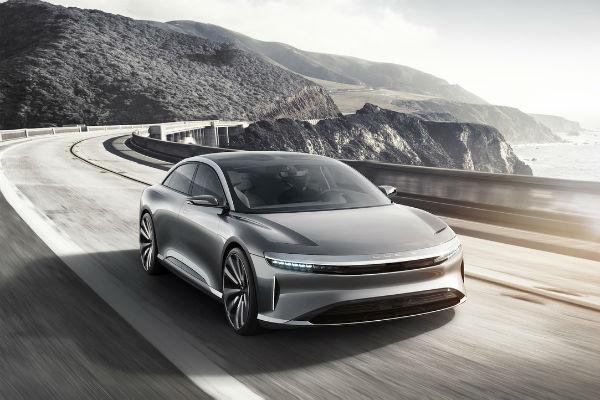 向 Tesla 下戰帖!Lucid Motors 推續航力破 600 公里高檔電動車(內有相片集)