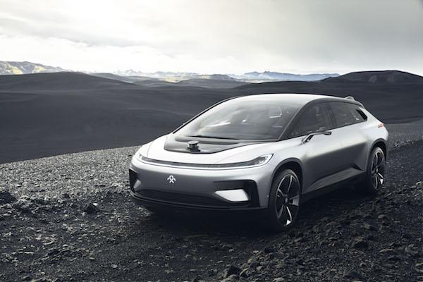 比 Tesla 快 0.1 秒,中資電動車比 Tesla 還貴!