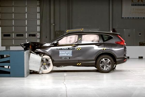 IIHS 公佈 Honda CR-V 撞測成績!超強主動安全科技成亮點(內有影片)