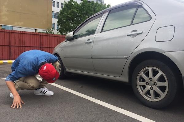 為何考駕照不檢查車底就被判出局?公路總局的回答讓人好窩心!