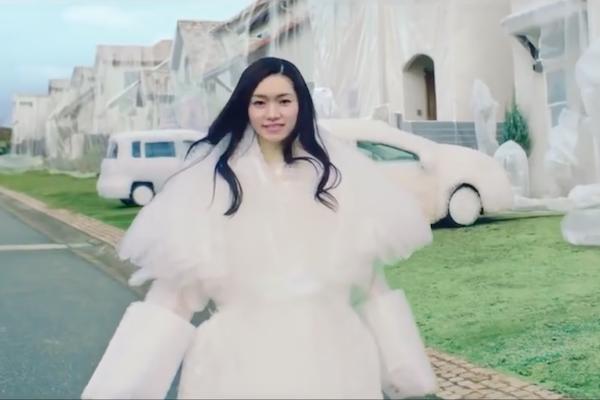 對付轉彎不打方向燈的三寶駕駛,日本用這支影片來反諷!(內有影片)