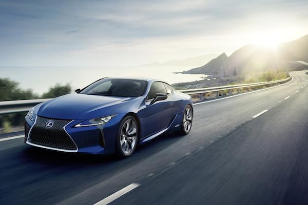 台灣賣 500 多萬元 Lexus LC 雙門跑車,日本開賣 1 個月比單月目標高 36 倍!