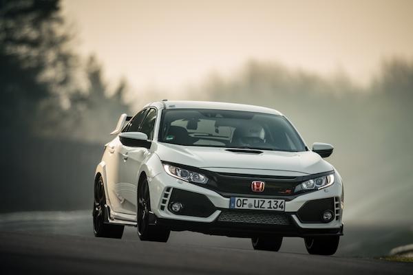 搶回德國紐伯林賽道前驅車第一名寶座,Honda Civic Type R 勝出的關鍵在哪?(內有影片)