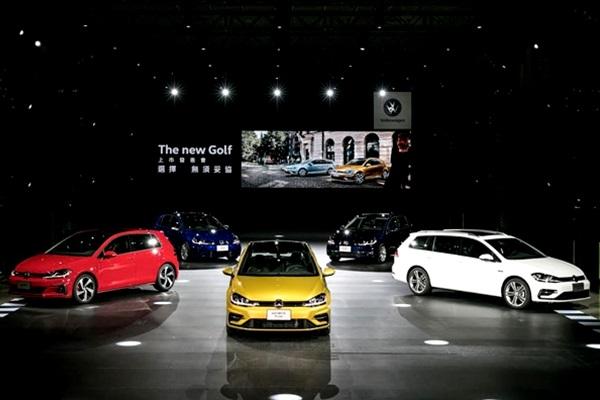 VW Golf 小改款發表上市,性能之王 Golf R 初登場成焦點!(內有相片集)