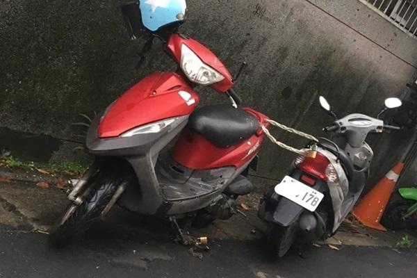 為了停車位無所不用其極!網友建議:「多上幾把鎖!」
