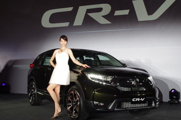 Honda CR-V 第五代台灣發表,頂級 1.5S 正式售價比預售狂降 7 萬!