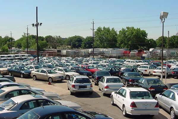 年輕人買二手車的三大選購考量,專家認為:全都劃錯重點!