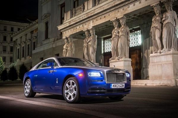 最奢華車廠 Rolls-Royce 發現,旗下車主的平均年齡竟比雙 B 還低!