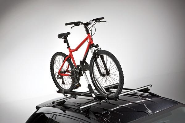 開著愛車也想帶自行車出遊?車廠想出這招來解決!