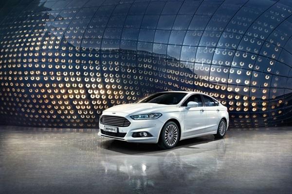油電車型的油耗同級最強!Ford Mondeo 改款正式登陸台灣(內有相片集)