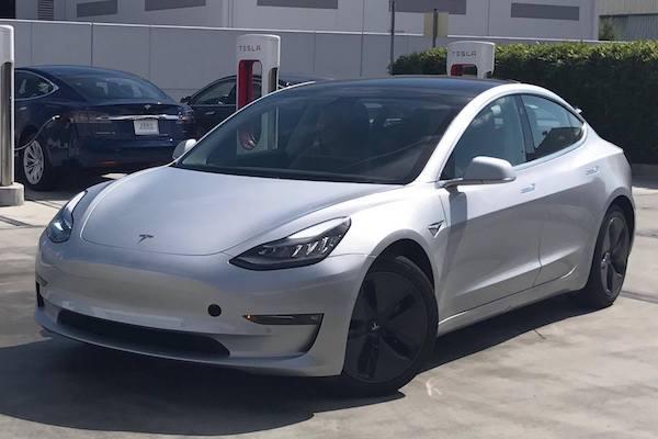 邀請函曝光!Tesla Model 3 交車發表會就在下週