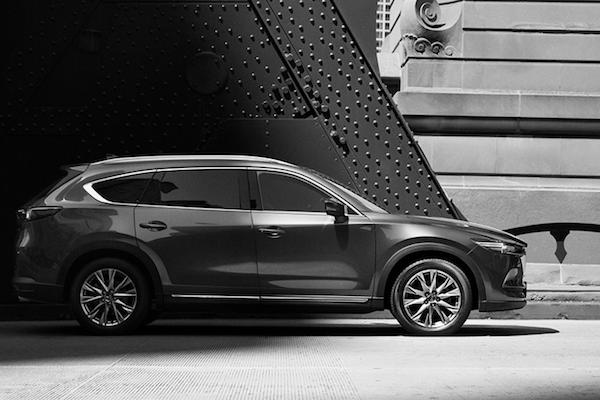 千呼萬喚終於亮相!Mazda 首度釋出 7 人跨界休旅 CX-8 外觀照