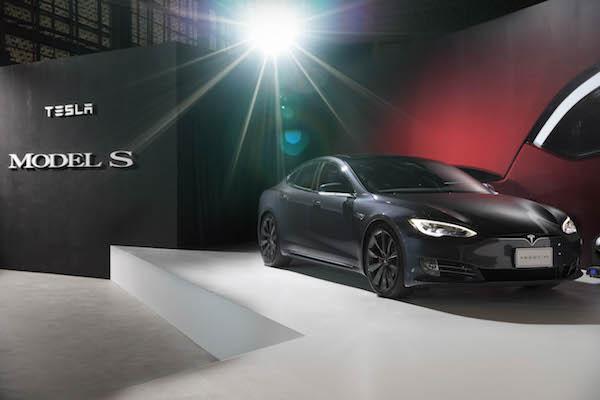 電動汽車明年恢復課徵牌照稅,最高可能得繳近 12 萬元稅金!