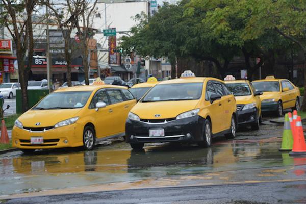 9 月 1 日起計程車車型解禁!小黃運將的購車清單有哪些?