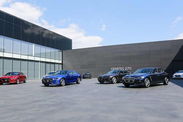 挑戰賓士 C-Class/BMW 3 系列!韓國豪華車 Genesis G70 好料全上