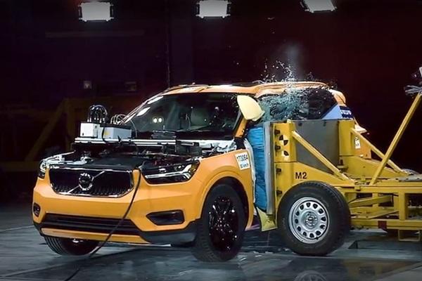 Volvo XC40 為何被稱為「最安全跨界休旅」?撞擊影片揭曉答案!