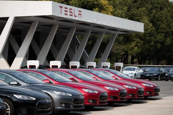中國電動車可能威脅 Tesla?外資公司直言:品質差距太大!