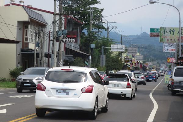 汽車燃料費只有隨油徵收選項?交通部運研所提新方案