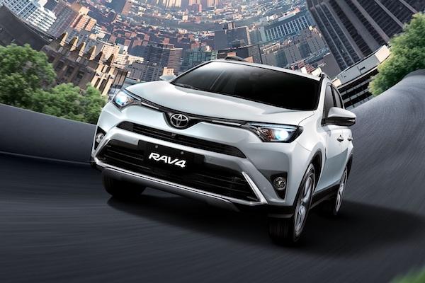升級感應式電動尾門!Toyota RAV4 2.5 新年式降價最高 5.1 萬