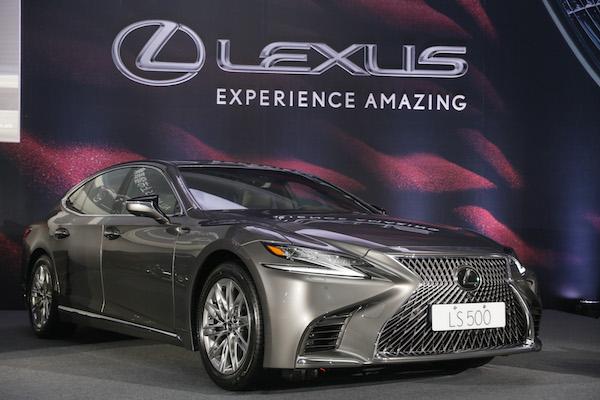 頂級旗艦房車也要轉型轎跑車!Lexus LS 第五代讓老闆也愛開車(內有影音介紹)