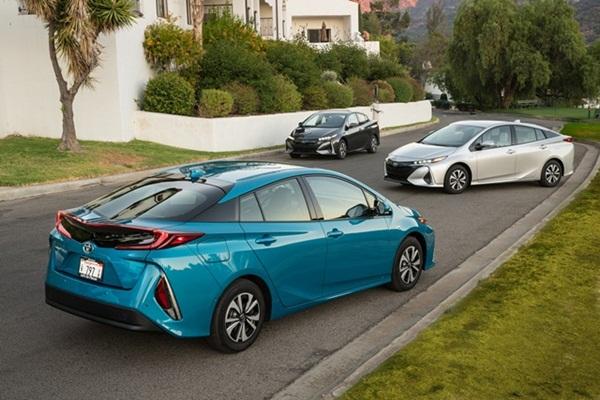 瑞士全球汽車研究發現,2025 年電動車市占率很驚人!