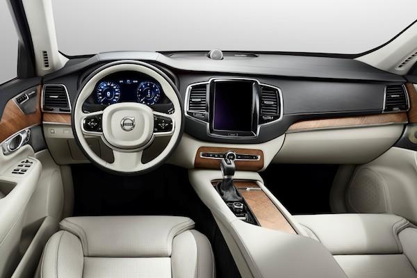 汽車新科技讓車主更便利?外媒檢視 4 大配備,最成功的是「它」!