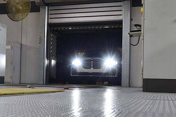 根本完全曝光!BMW X7 首批測試量產車下線