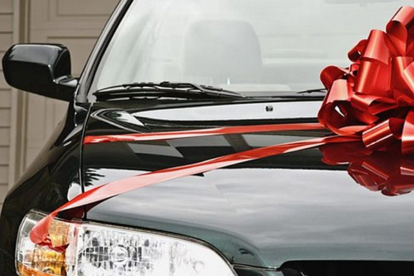 交換禮物有新想法嗎?給愛車人士的 7 種實用型配備