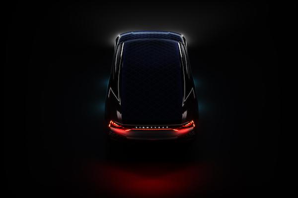 續航力 800 公里太陽能汽車明年推出,但首批交車數量有點囧...