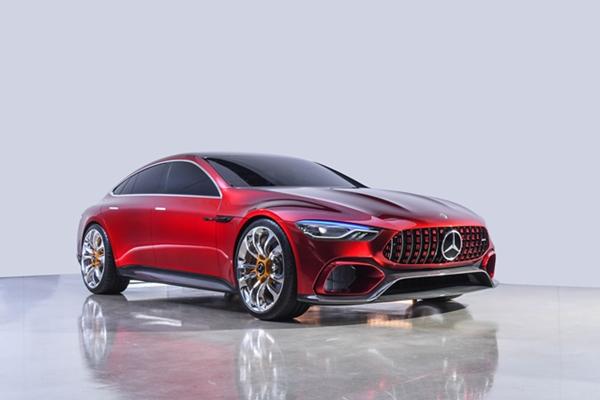 Mercedes-AMG GT 4 門 Coupé 偽裝測試車現身,果然跟 CLS 大不相同
