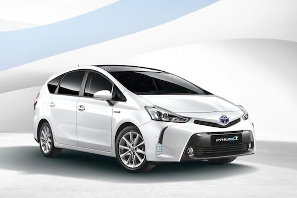 油電 7 人 MPV 大改年底可望發表!Toyota Prius α 省油功力更上層樓