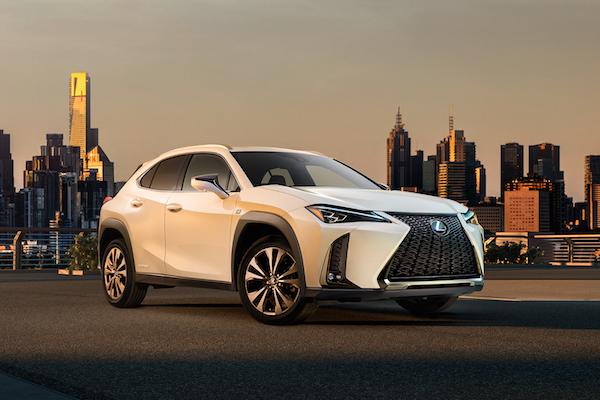 量產樣貌終於現身!Lexus 最小休旅 UX 內外觀全都露 (內有影片)