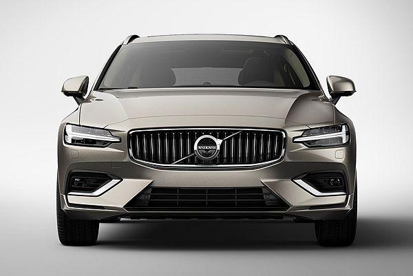 全新 Volvo S60 為何今夏才發表?沒想到也和川普政策有關...