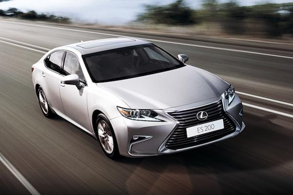 預計 4 月底發表?大改款 Lexus ES 車頭可能長這樣