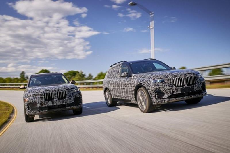 BMW 全新旗艦休旅 X7 年底問世,外媒搶先試駕曝光規格!