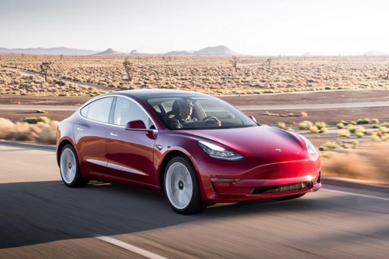 難怪 Tesla 堅持生產 Model 3!德媒爆料:因為低成本高獲利