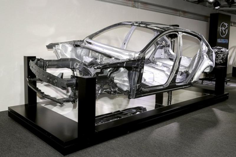 新一代 Mazda 3 全新底盤登場,更接近「人馬一體」境界!