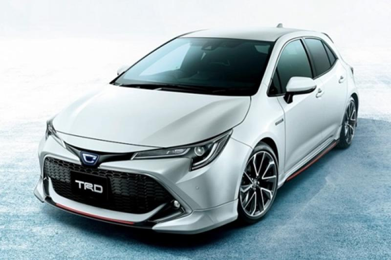 Toyota 日規 Auris 才剛上市,原廠專屬外觀套件馬上亮相!