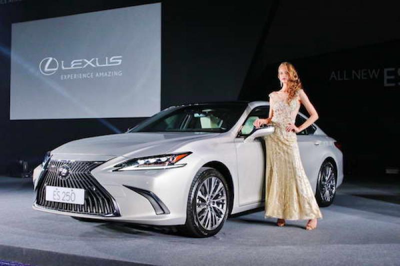Lexus ES 大改款台灣正式發表,入門款售價比前一代更低!(內有影音介紹)
