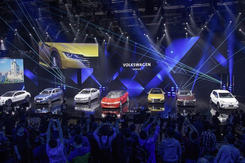 上半年全球汽車銷售排行,VW 與 Toyota 集團還是沒搶到第一...