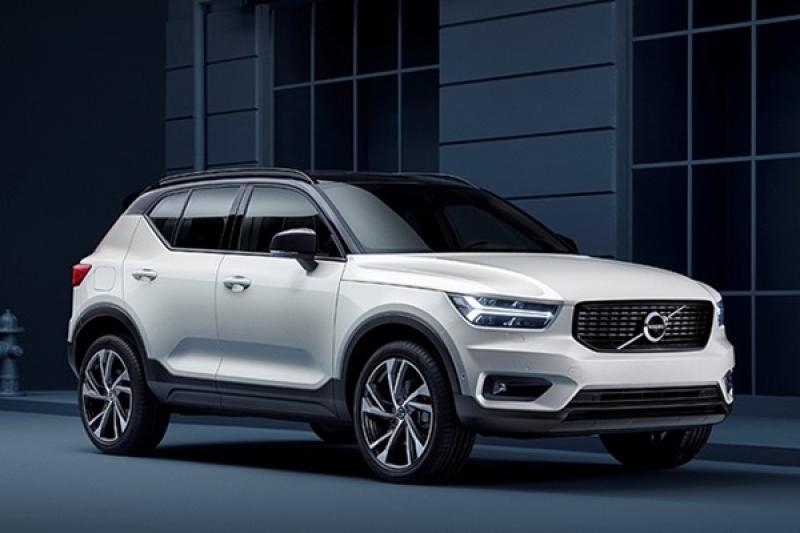 Volvo 全新小休旅 XC40 終於上市,採 2 動力 3 車型編成!